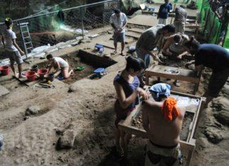 un hallazgo que podría reescribir un los libros de la evolución. Y es que los arqueólogos descubrieron una nueva especie humana en Filipinas.
